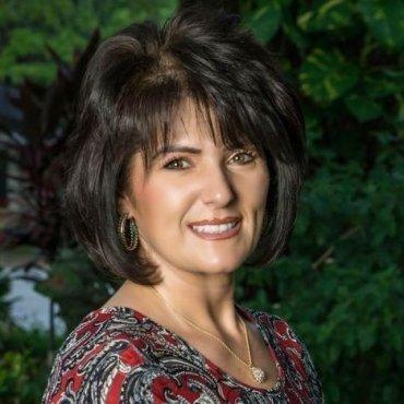 Angie Meredith, LNFA, LBSW-IPR